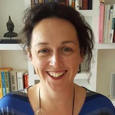 Dr Adrienne Gordon